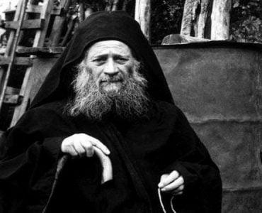 Άγιος Ιωσήφ ο Ησυχαστής: Να λέγεις «Ευλόγησον»