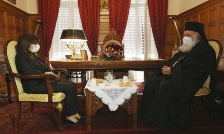 Επίσκεψη ΠτΔ στον Αρχιεπίσκοπο
