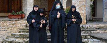 Τρεις νέες μοναχές στη Μονή Δουραχάνης Ιωαννίνων