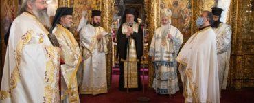 Ο Αρχιεπίσκοπος Κύπρου στο Μνημόσυνο του Σαλαμίνος Βαρνάβα και Αρχιμανδρίτου Γρηγορίου Μουσουρούλη