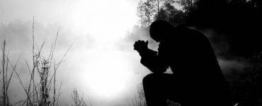 Να προσευχόμαστε για κάθε άνθρωπο