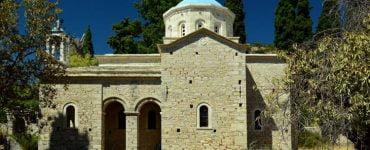 14 Ιεροί Ναοί της Σάμου έλαβαν άδεια να επαναλειτουργήσουν