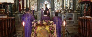Τελευταία Ακολουθία Προηγιασμένων Τιμίων Δώρων στην Ερμούπολη