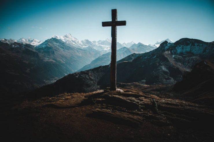 Μαζί Του ο Σταυρός μυρίζει πάντα Ανάσταση!