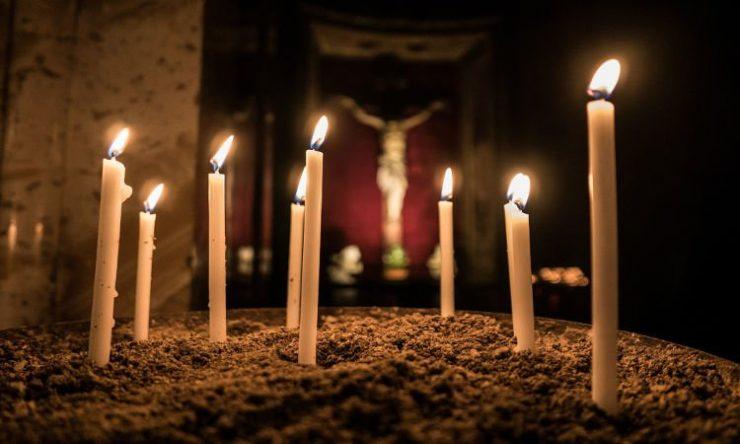 Χωρίς SMS στις Εκκλησίες της Κύπρου τη Μεγάλη Εβδομάδα