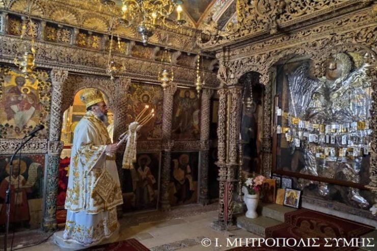 Το Αίγιο τίμησε τηνΚυριακή του Θωμά στην Ιερά Μονή Ρουκουνιώτου πολιούχο του Παναγία Τρυπητή