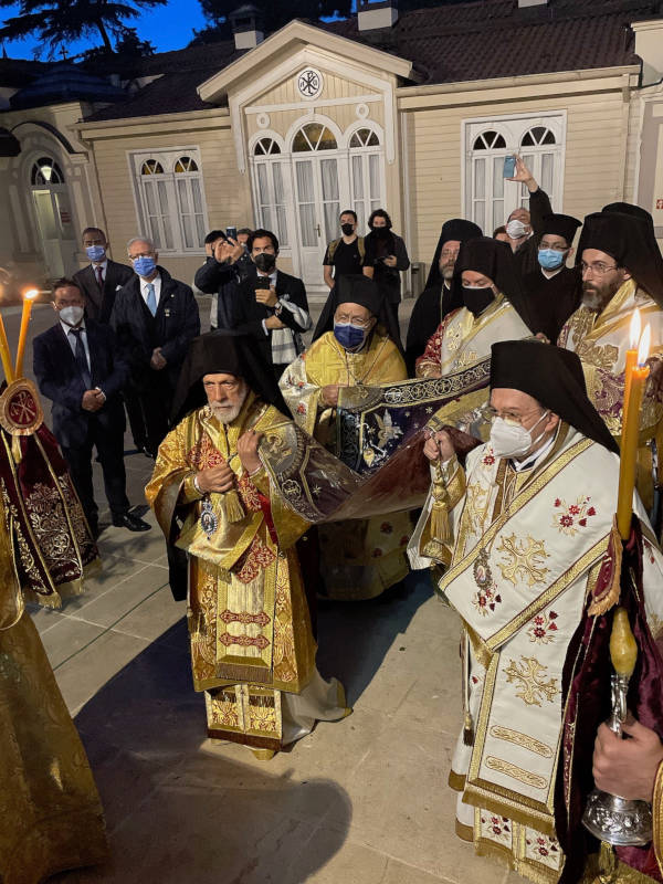 Η Ακολουθία του Επιταφίου Θρήνου στο Οικουμενικό Πατριαρχείο