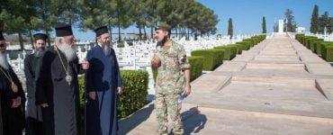 Ο Αρχιεπίσκοπος Αθηνών στα Μνημεία των Ηρώων της Κύπρου
