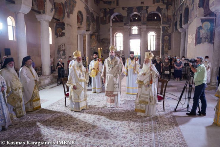 Με λαμπρότητα εορτάζει η Βέροια, τον ιδρυτή της τοπικής Εκκλησίας, Απόστολο των Εθνών Παύλο (ΦΩΤΟ)
