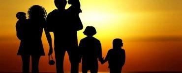 Η γνήσια κηδεμονία των γονέων