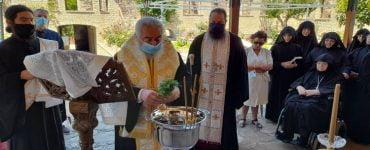Αγιασμός έναρξης εργασιών αναστήλωσης Ιεράς Μονής Βαρνακόβης Φωκίδος