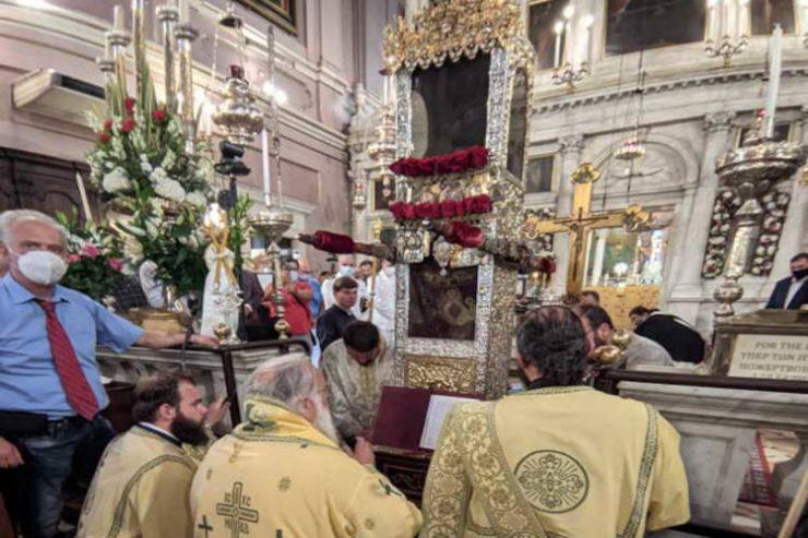 Λιτάνευση του Αγίου Σπυρίδωνος στα καντούνια της Κέρκυρας