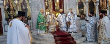 Πολυαρχιερατική Θεία Λειτουργία στην Κόρινθο