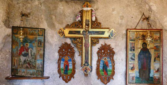 Αγρυπνίες Υψώσεως του Τιμίου Σταυρού στο Βόλο